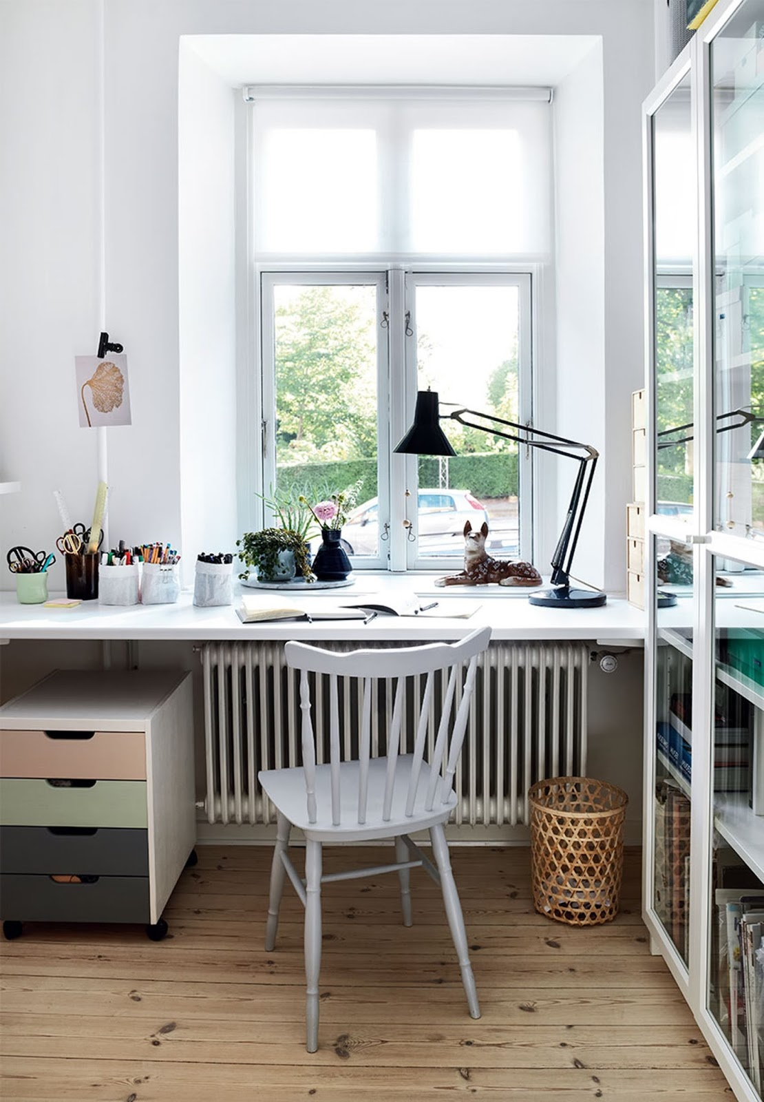 home work space, white chair, scandinavian apartment,