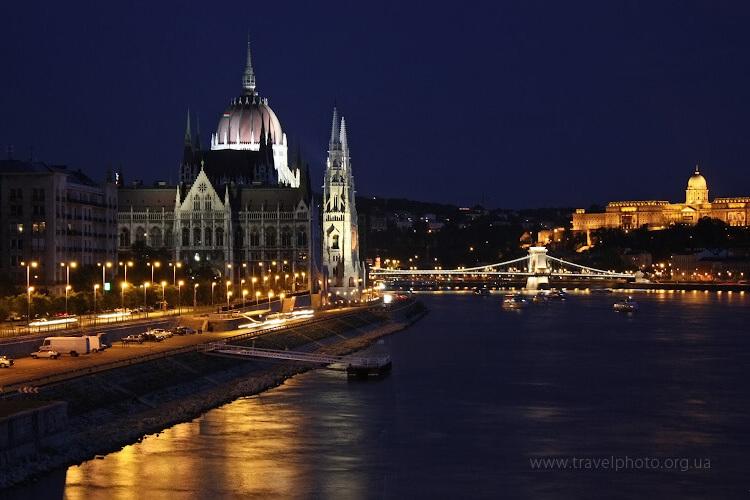Ночное фото венгерского парламента