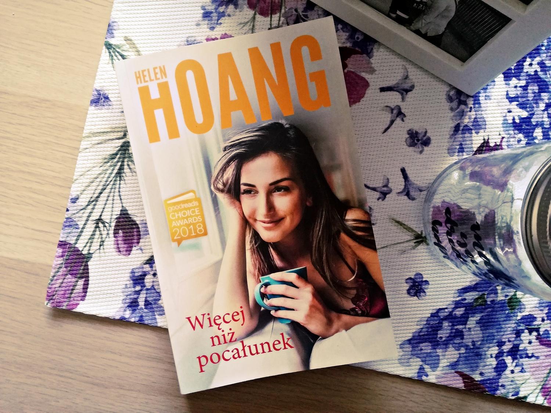 Więcej niż pocałunek, Helen Hoang, Wydawnictwo Muza, książka, recenzja, romans, powieści obyczajowe, literatura kobieca