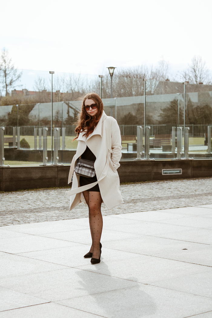 http://www.monikabregula.pl/2019/03/marcowy-look.html