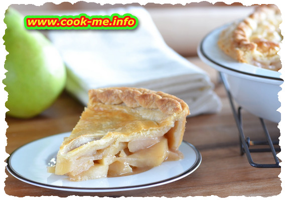 Pear cinnamon pie
