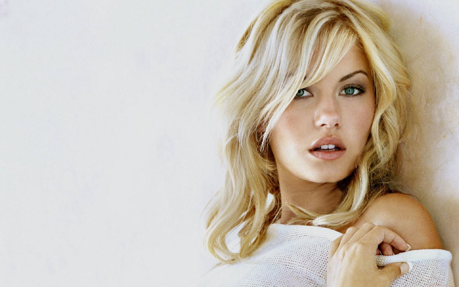 Beautiful Classic Women