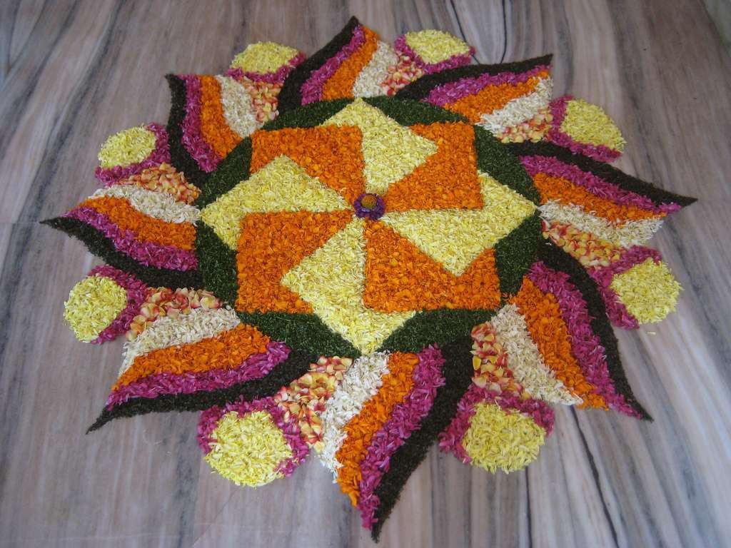Flower Rangoli Designs for Diwali 2017: Best Flowers Rangoli ... for Flower Rangoli Designs For Diwali  173lyp
