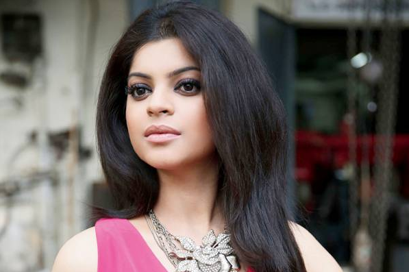 Veera actress sneha wagh finally opened up about her broken second tv actress sneha wagh who rose to fame with the character of ratanjeet kaur from popular tv show veera has finally opened up about her broken second voltagebd Choice Image