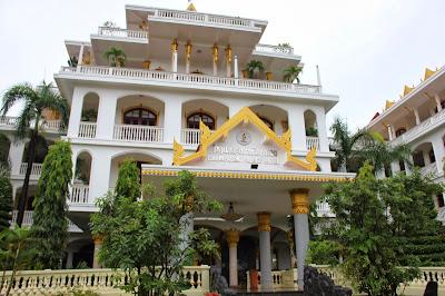 Champasak Palace Hotel in Pakse - Laos
