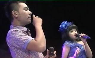 Lirik : Tasya & Gerry - Birunya Cinta