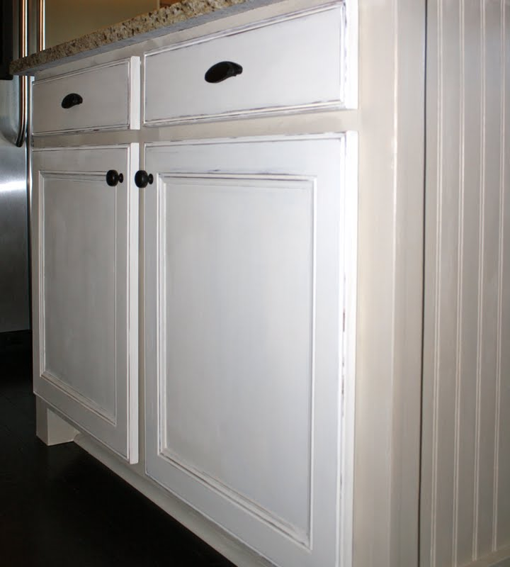 White Painted Kitchen Cabinets: The Little Cottage On The Pond...: Chalk Painted Cottage