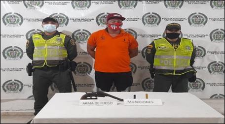 hoyennoticia.com, Dos sospechosos armados en La Nevada y Brisas de La Popa fueron enviados a la cárcel