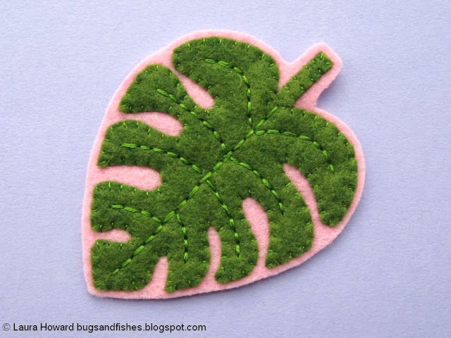 Felt Monstera Leaf Brooch Tutorial: cut out the leaf