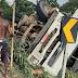 S. A. de Jesus: Caminhão carregado com ferro tomba na BR-101, nas proximidades do Santa Madalena