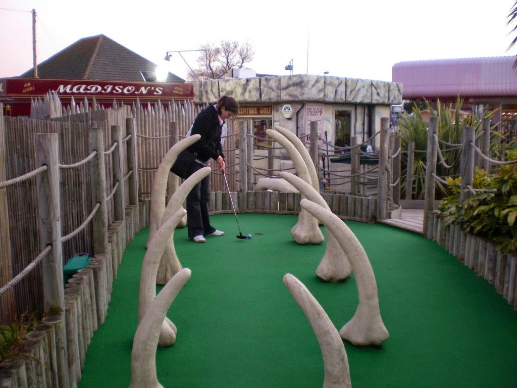Emily Gottfried playing minigolf at the Lost World Adventure Golf course in Hemsby