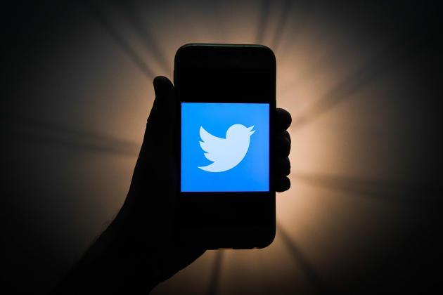 تويتر يتهم المملكة المتحدة بتضليل الرأي العام في الانتخابات