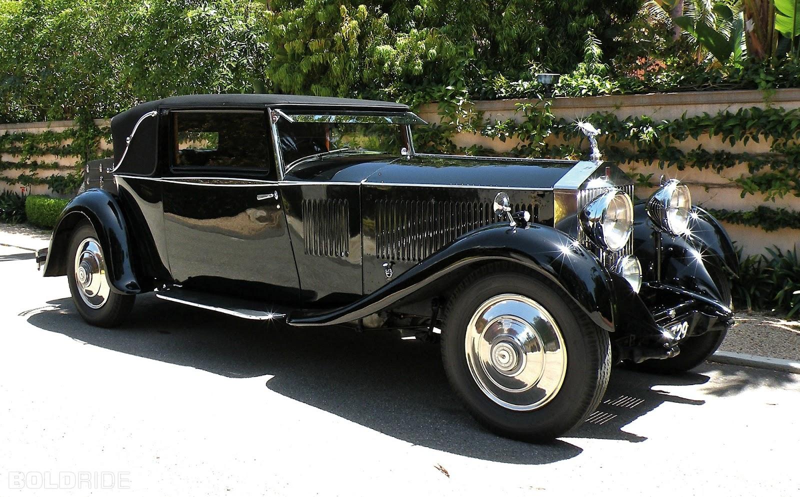 Vintage Rolls Royce Phantom 11