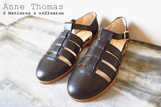 prix plancher prix bas vente à bas prix Sandales cuir noir méduses Anne Thomas chaussures ouvertes ...