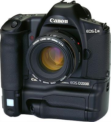 Canon EOS D2000 DSLRファームウェアのダウンロード