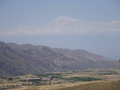monte ararats desde monasterio geghard