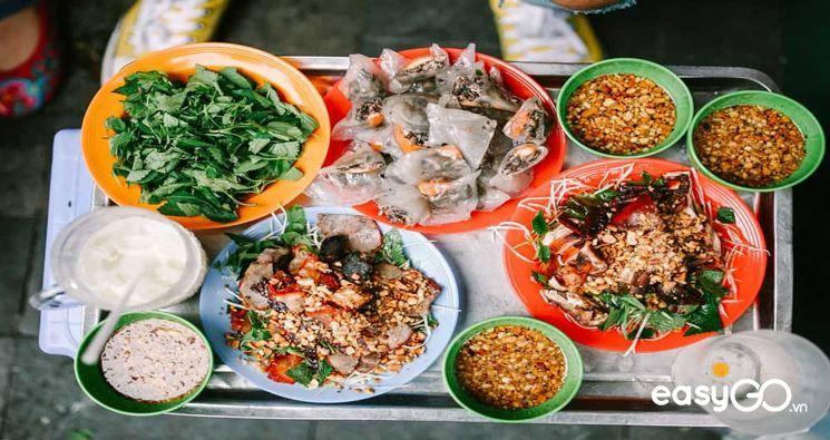 Eating at night in Hanoi