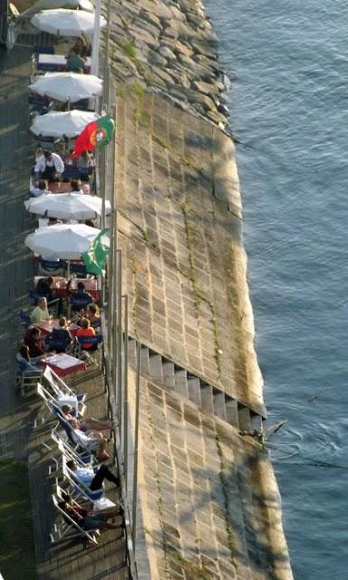 aproveitando a paisagem nas margens do rio Douro