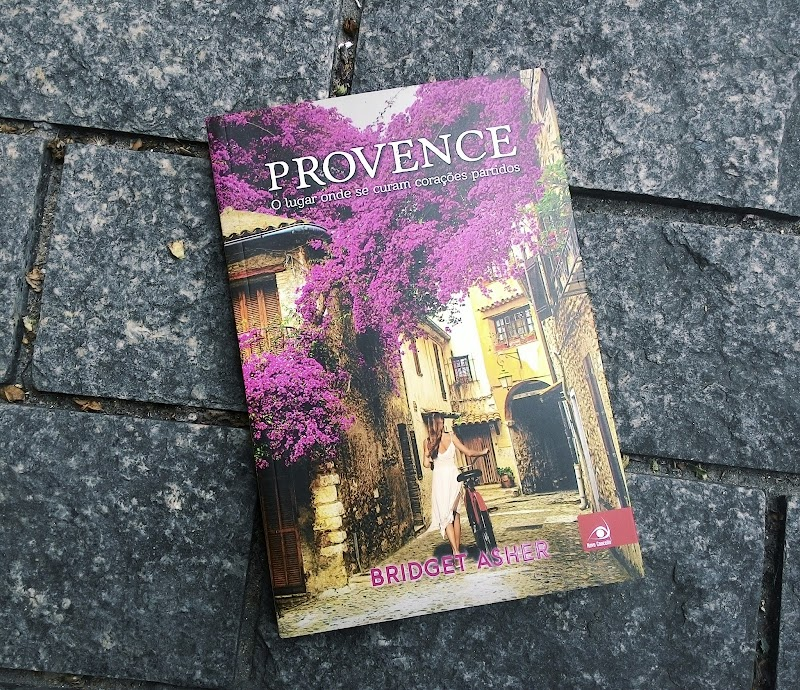 [RESENHA #361] PROVENCE - BRIDGET ASHER