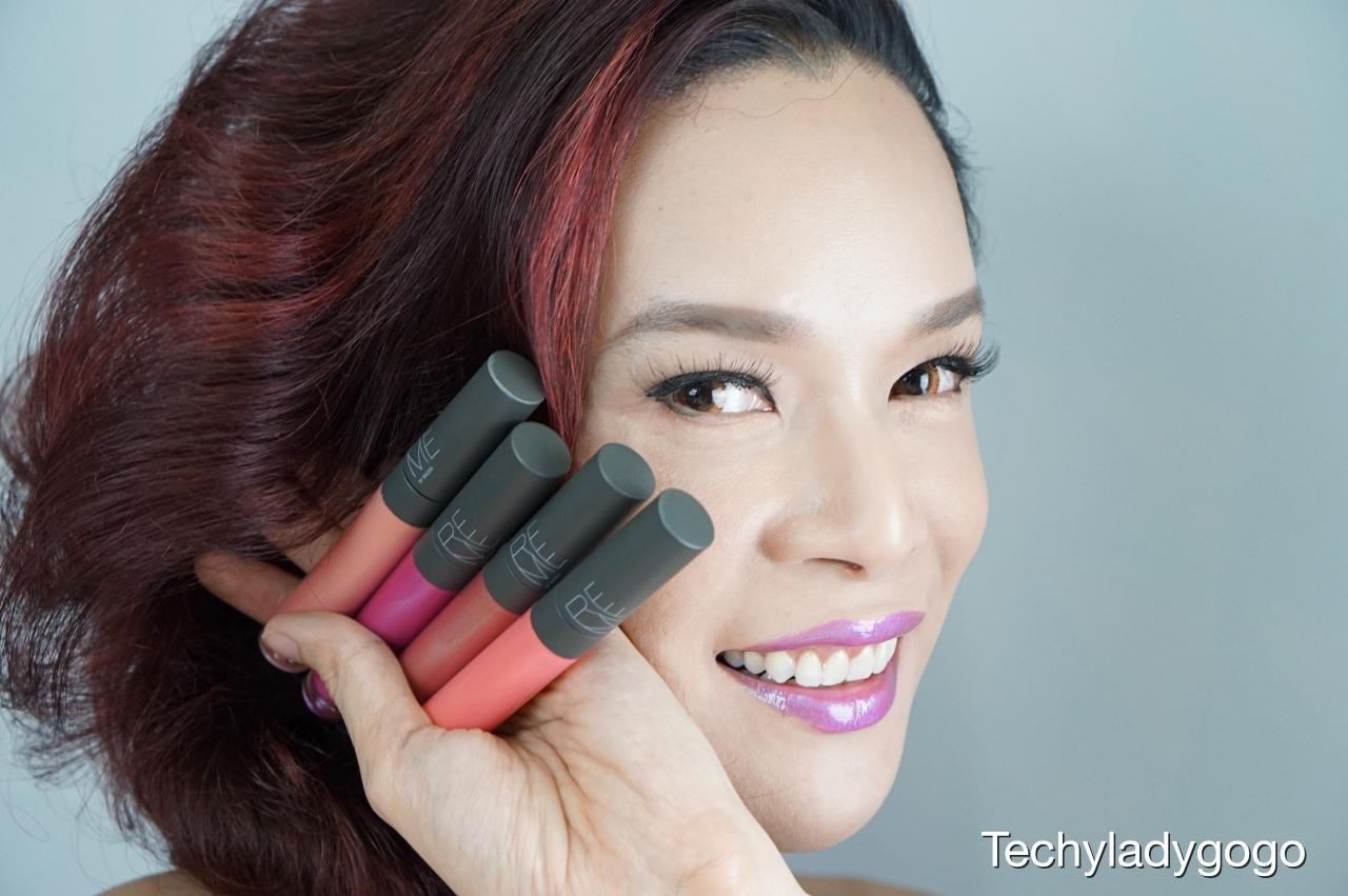 REME Signature Lipgloss รีวิวลิปกลอส และ swatch สีลิปกลอสเนื้อนุ่ม ให้สีสันสดใสอย่างเป็นธรรมชาติ