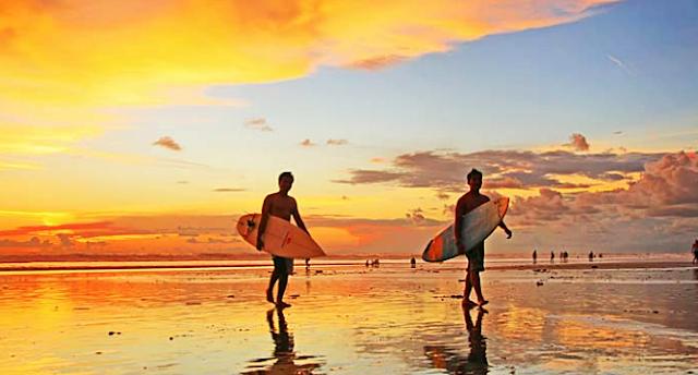 Pantai kuta Paling Terkenal Di dunia