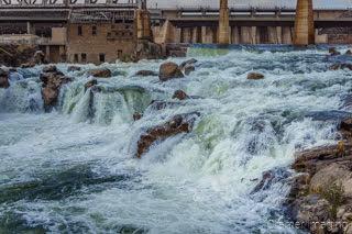 Cramer Imaging's fine art landscape photo of the American Falls reservoir spillway and Snake River full of water