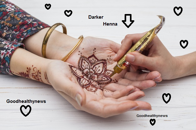 Darker henna Color to your hands for a bride