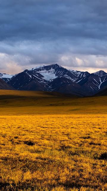 Wallpaper evening, mountain, field, clouds
