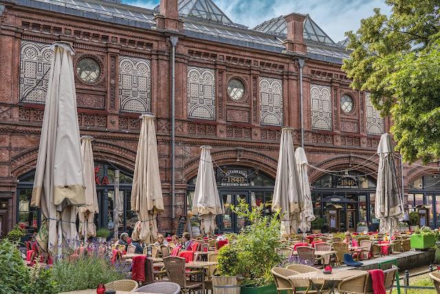カフェ、ベルリン、6月
