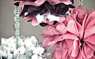 Berajinan Tangan Bunga, Rangkaian Bunga Kertas Cantik