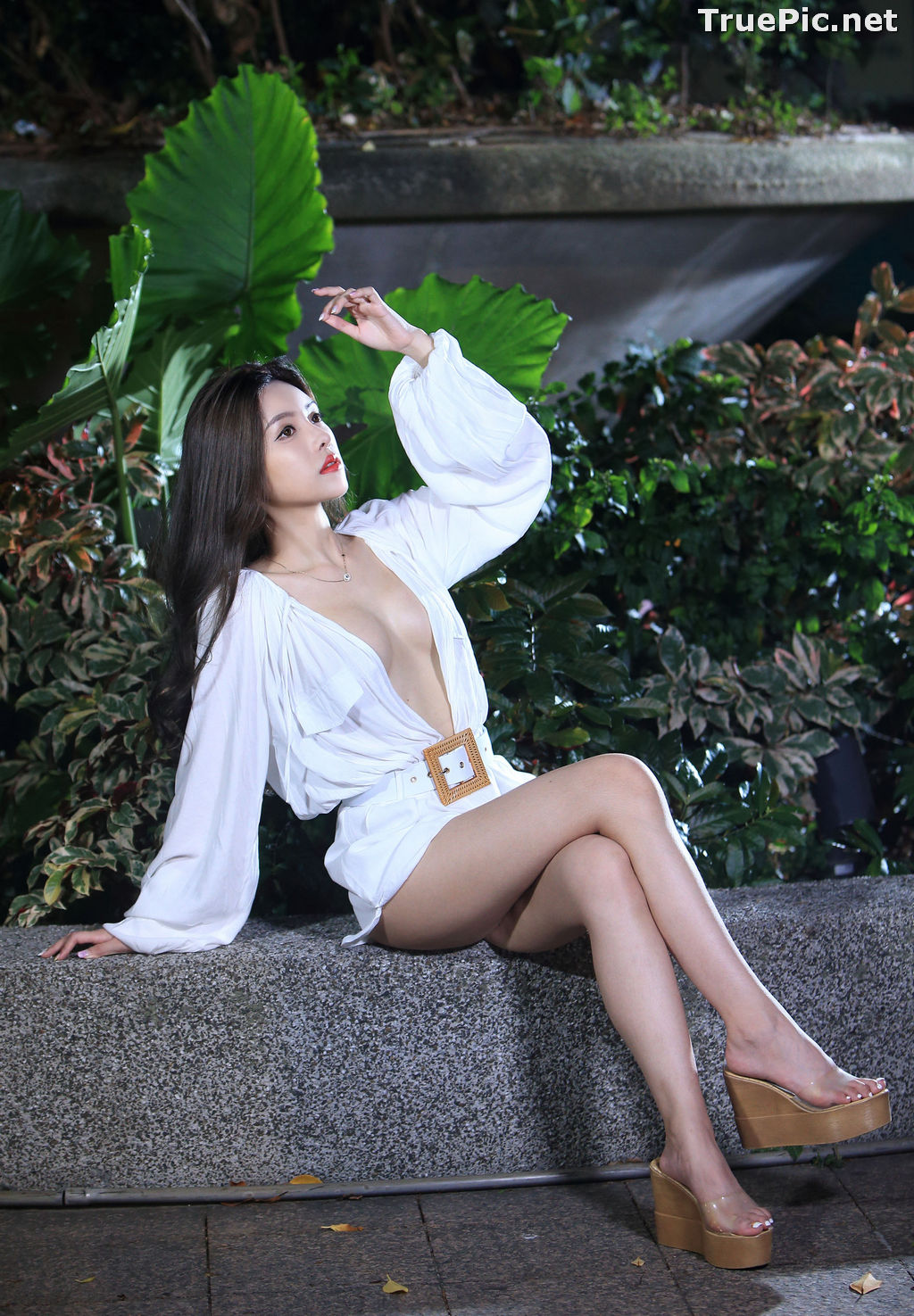 Image Taiwanese Model – 莊舒潔 (ViVi) – Sexy and Pure Baby In Night - TruePic.net - Picture-75