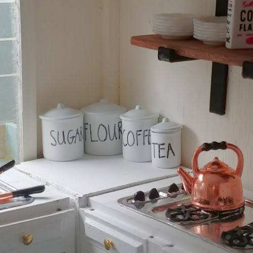 Dollhouse Kitchen Details - Part II