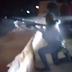 """Video: Sicarios se burlan de su compañero al ser aventado por la fuerza del Barret .50, """"Te ayudo!"""", le gritan"""
