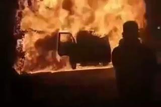 BREAKING NEWS: Mobil Terbakar Di Depan Pertamina Palakka,