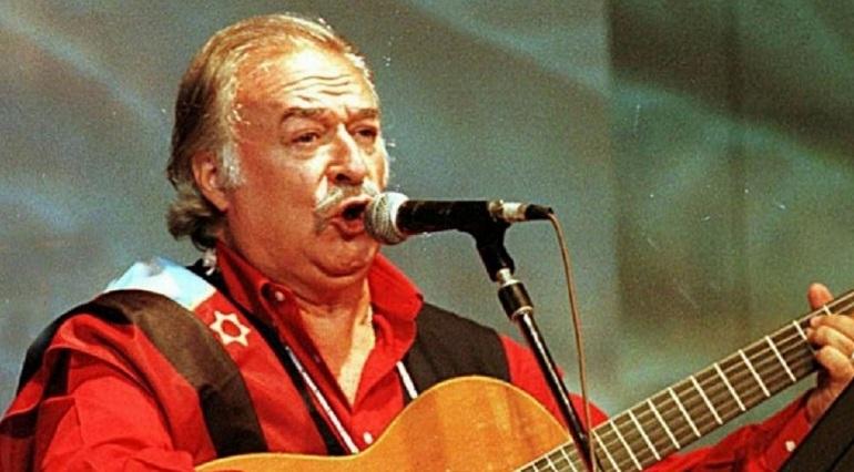 El músico y compositor folclórico César Isella murió este miércoles a los 82 años