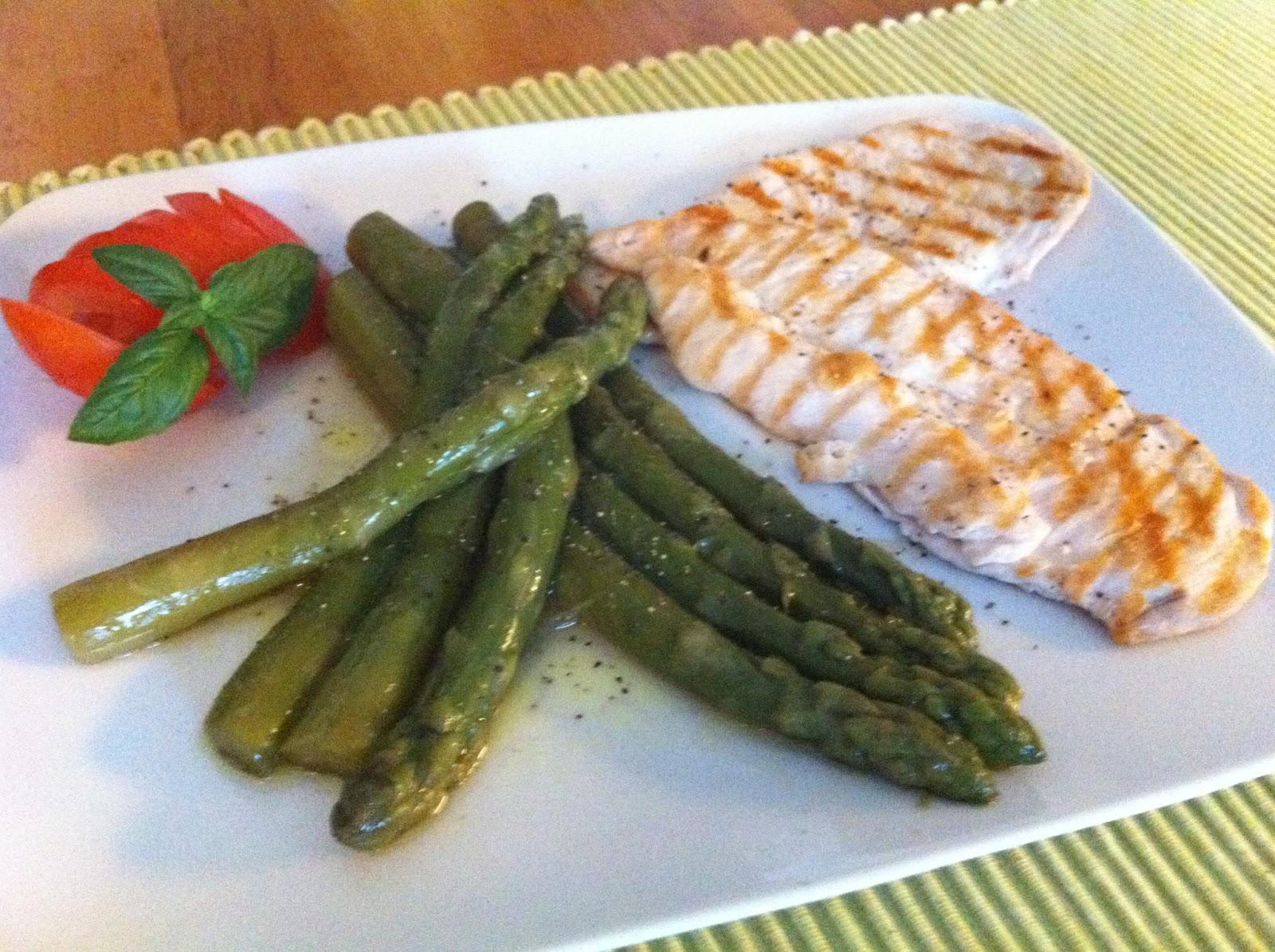 Ricetta Asparagi Verdi In Padella.Cucina Con Kristina Le Delizie Home Made Asparagi In Padella