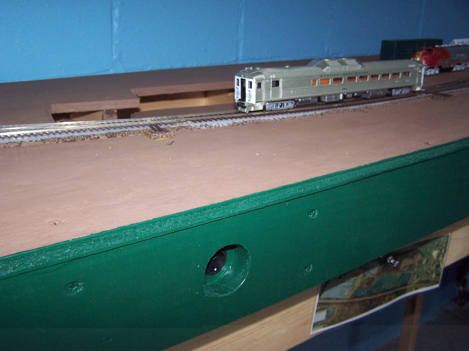 D H Colonie Main Layout Wiring The Tortoise Switch Machines Ho Track Car Phew It Was A Lot Of Work More Than Once Through Project I Thought About Gutting All And Using Ground Throws Unpowered Frogs