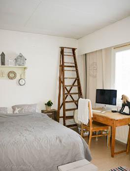makuuhuone maalaisromanttinen harmaa