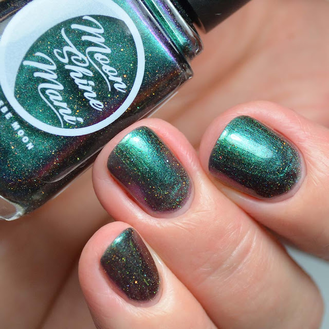 green multichrome nail polish swatch