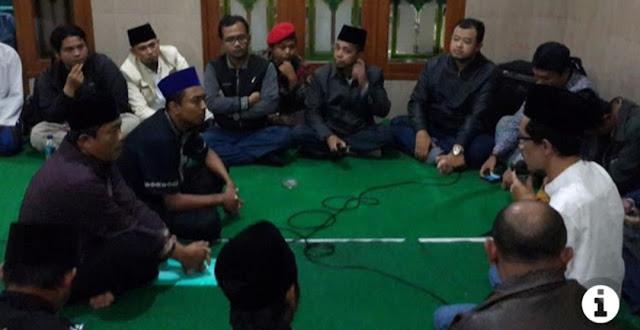 Penghina Almarhum Mbah Moen di Facebook Bukan Warga Muhammadiyah