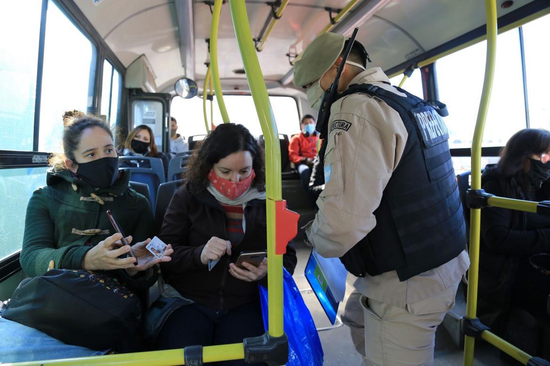 Argentina avanzó al 9º puesto entre los países con más casos de coronavirus acumulados