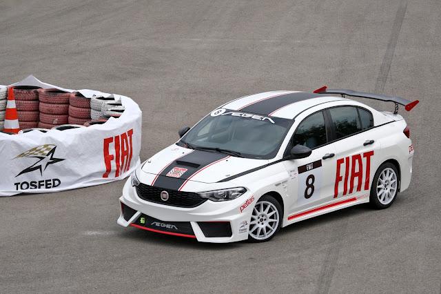 Yarış otomobilleri ile hiçbir bedel ödemeden yarışma imkanı