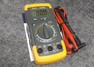 Multimeter Digital Heles UX-838TR