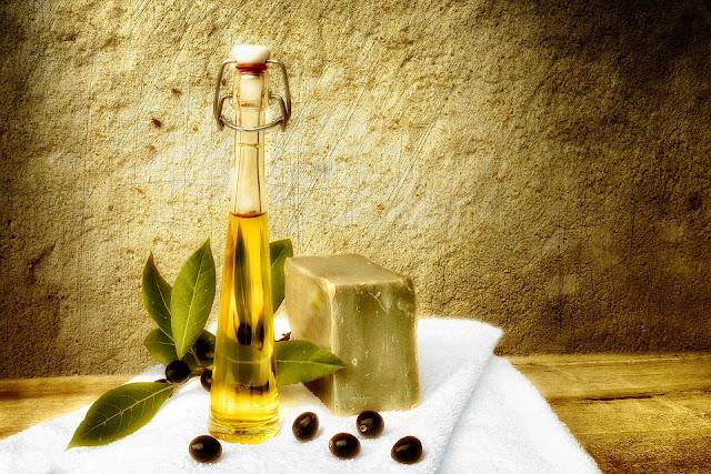 olio d'oliva-sapone-sapone fatto a mano-prodotti naturali