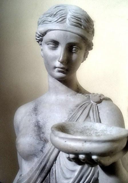 Hebe, diosa de la eterna juventud