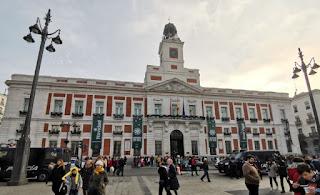 Puerta del Sol, Madrid. Casa de Correos.