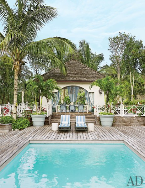 Decor Inspiration : Tropical Beach House, Bahamas {Cool Chic Style Fashion}