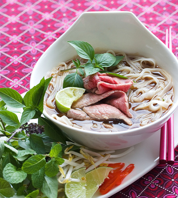 Vietnamese Pho to Recipe: Beef Noodle Soup | Steamy Kitchen Recipes ...