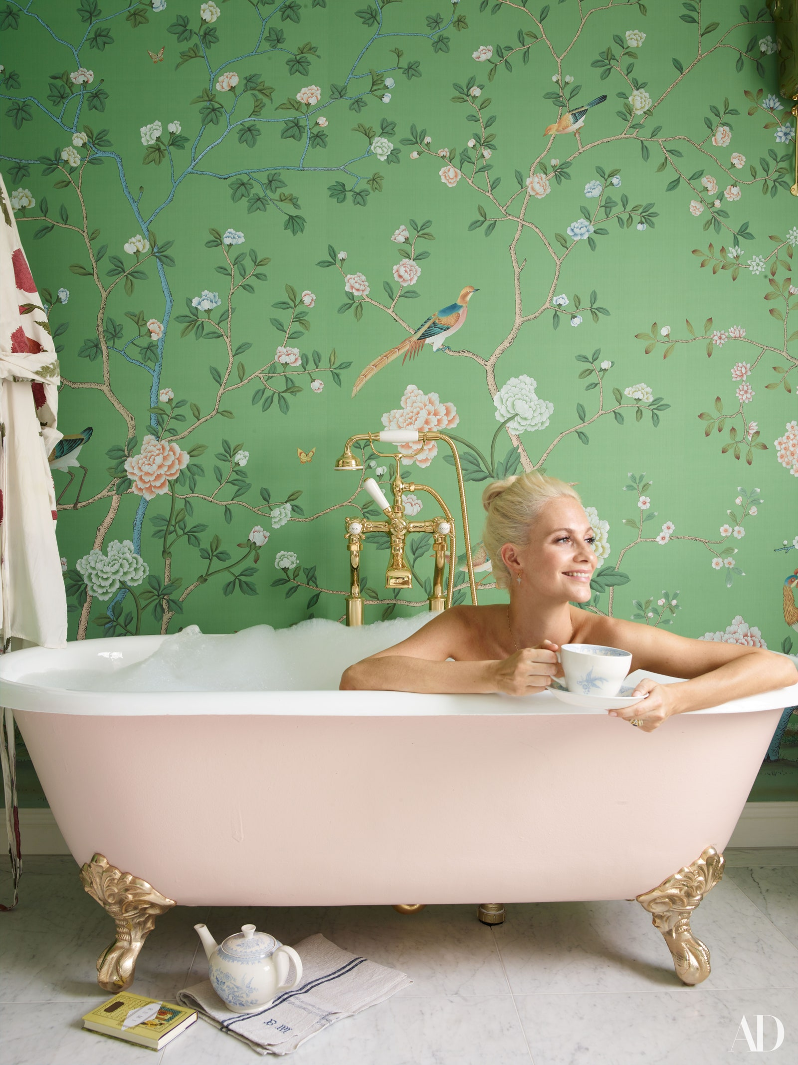 Décor Inspiration | At Home With: Model & Actress Poppy Delevingne, London