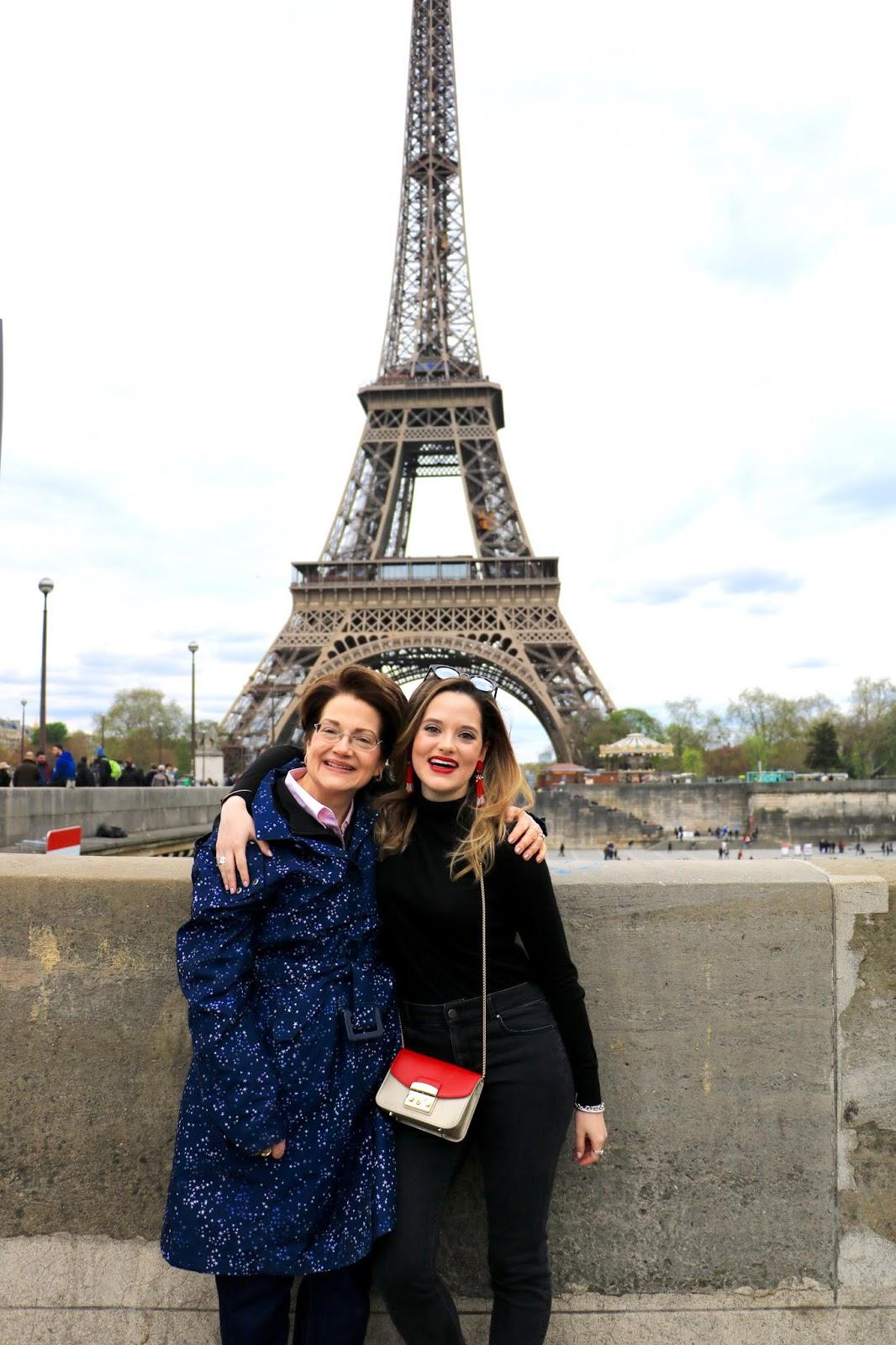 Paris Eiffel Tower photo shoot locations